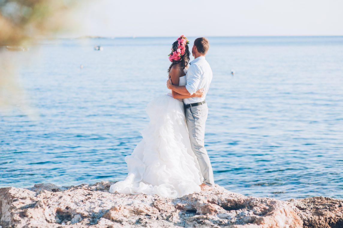 Spune din toată inima DA pentru o nuntă pe plajă pe Coasta de Azur