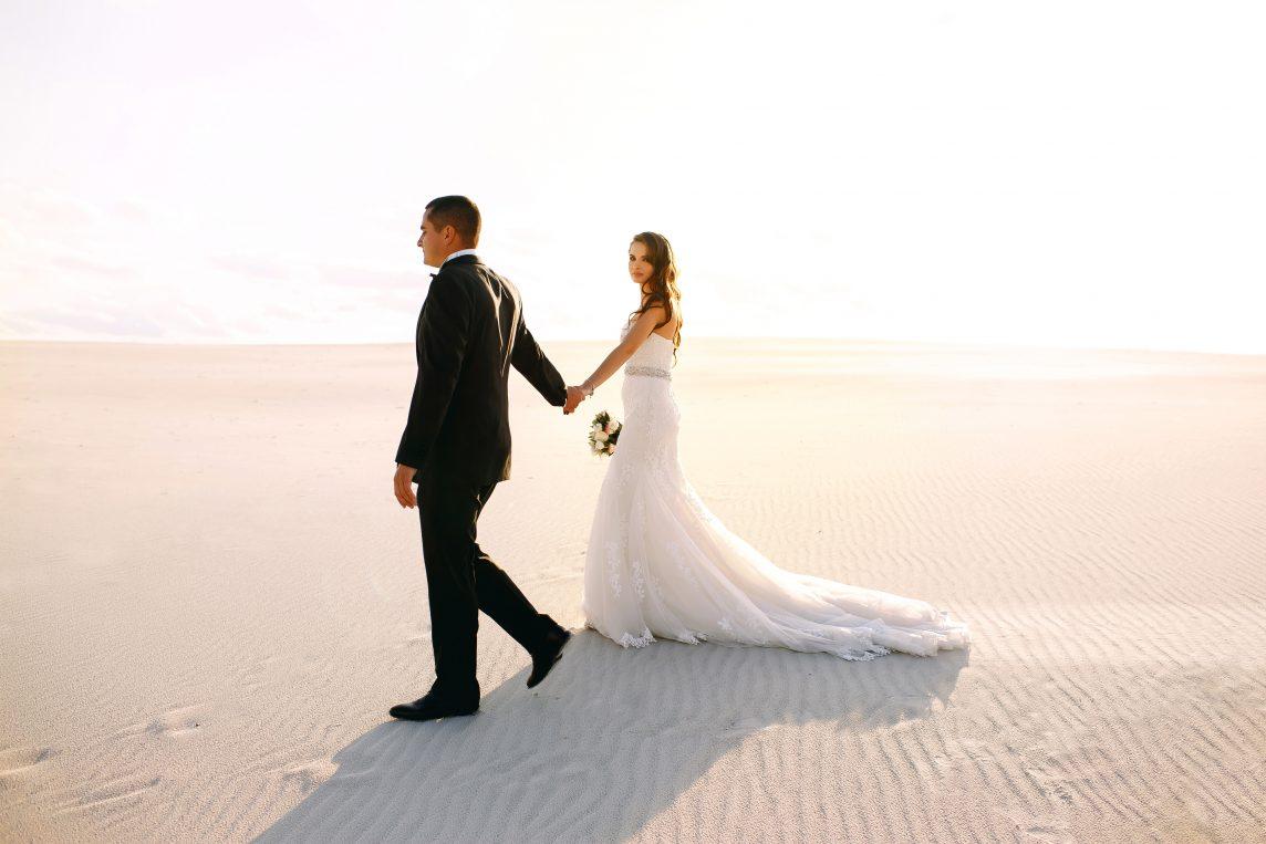 Nunta exotică pe plajă: Destinația Dubai