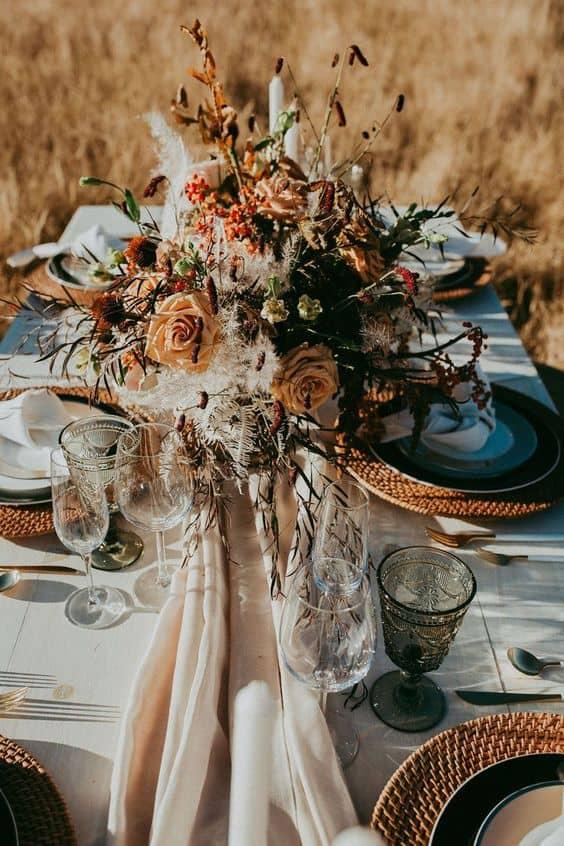 Tematici și stiluri pentru nunta de toamnă - nuntapeplaja.ro