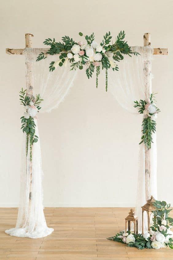Aranjamente florale potrivite pentru o nunta vintage - nuntapeplaja.ro