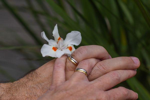 Motive pentru care să alegeți o ceremonie de reînnoire a jurămintelor - nuntapeplaja.ro