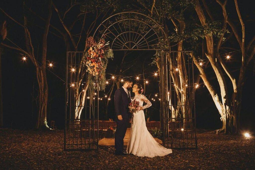 Ce trebuie să știi înainte de a alege o tematică - nuntapeplaja.ro
