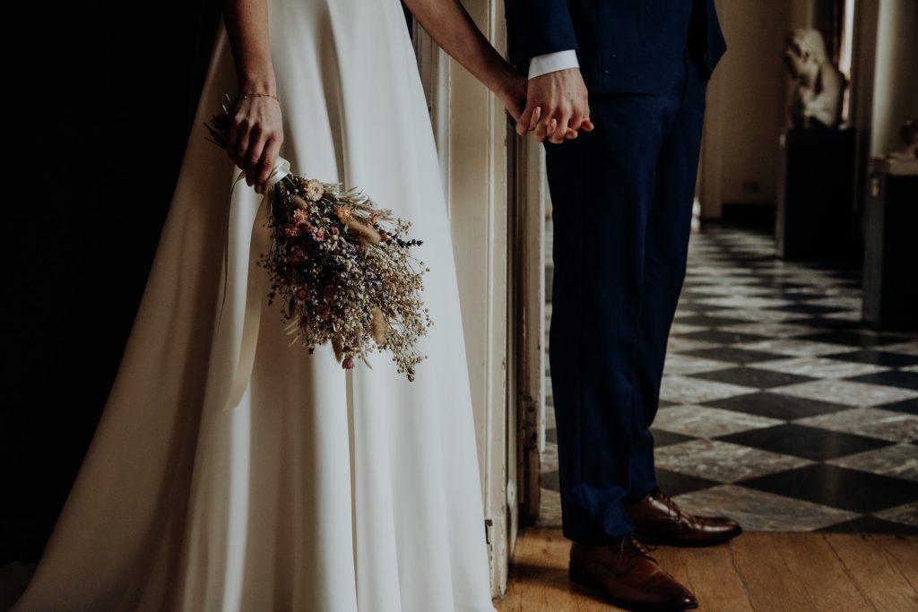 Primirea invitatilor obiceiuri - nuntapeplaja.ro